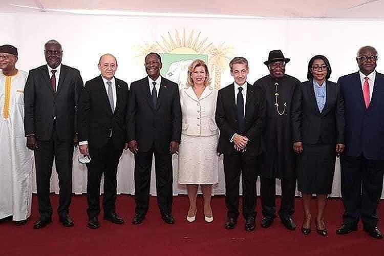 Ce « 3ème mandat » de Ouattara commence très mal